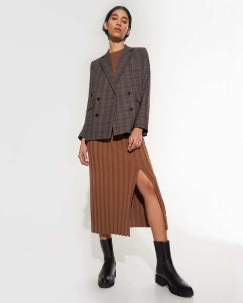 Wide Rib Skirt in Evian Stretch
